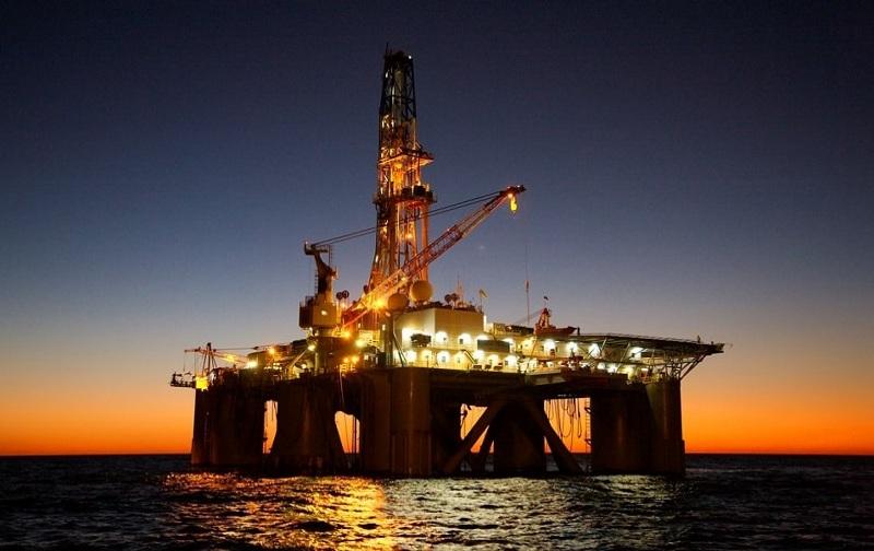 کارنامه و درصد های آخرین رتبه قبولی مهندسی نفت دولتی روزانه کنکور 96 - 97