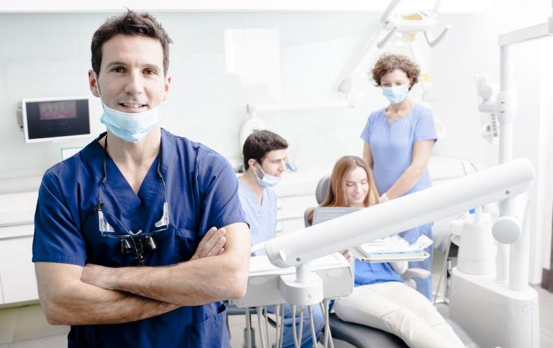 کارنامه و درصدهای آخرین رتبه قبولی دندانپزشکی پردیس خودگردان بین الملل کنکور 96 - 97